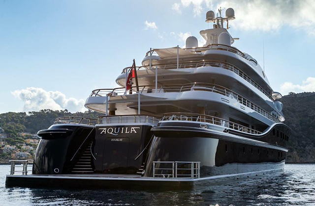 Aquila SuperYacht Sign